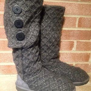 b0e64879de7 Women's Ugg Cardy Boots | Poshmark